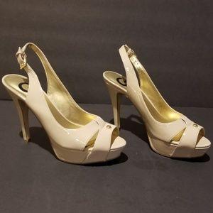 "G by Guess Platform 4 1/2"" Heels 6 1/2 M GGCATHY"